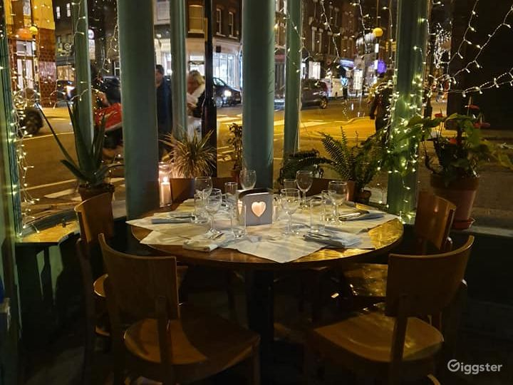 French Restaurant with Romantic Setting - Buyout Photo 3