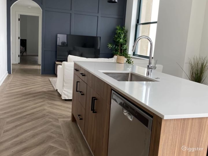 Modern Luxury Apartment in the Heart of Downtown D Photo 4