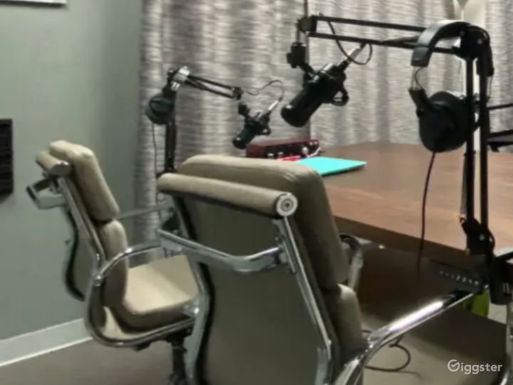 Studio Space 1 Perfect for Recording In Austin Photo 4
