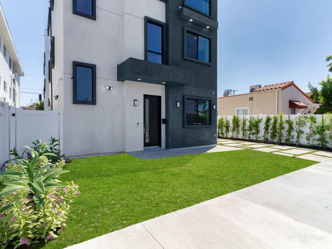 Crestview Modern Compound with Rooftop Decks Photo 1