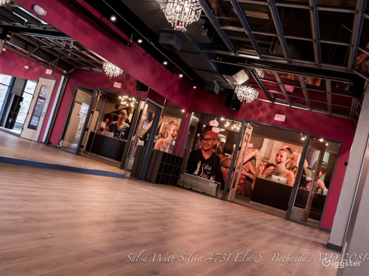 Magnificent space for events in downtown Bethesda Photo 4