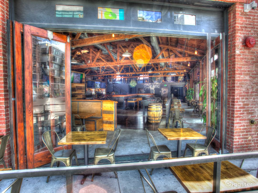 The Brews Brothers Craft Beer Bar has unique indoor / outdoor features.