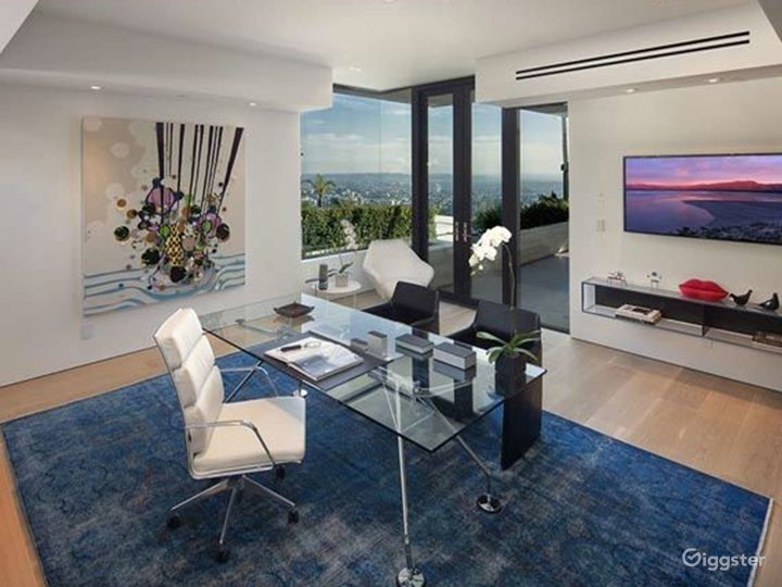 Day Office in Beverly Hills