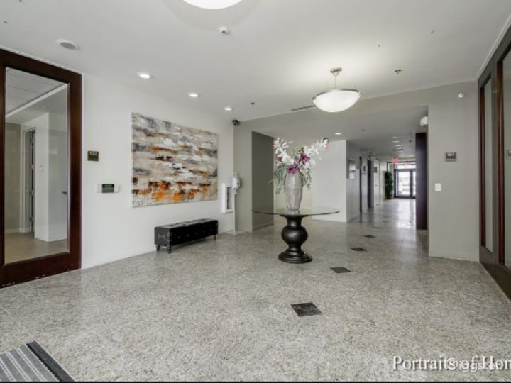 Clean and Complete Boardroom/Conference Meeting Venue w/ Screen, Handicap & 24/7 access Photo 5