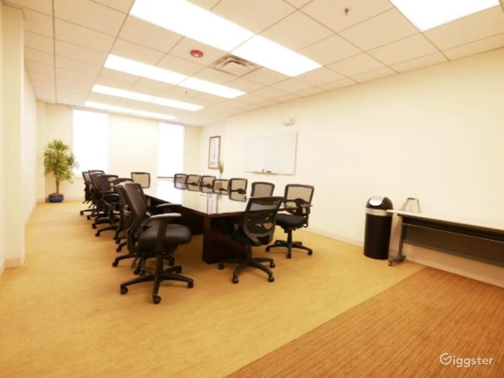 Clean and Complete Boardroom/Conference Meeting Venue w/ Screen, Handicap & 24/7 access Photo 2