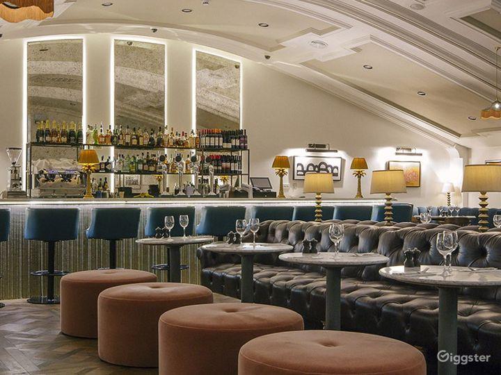 Fabulous Bar in London Photo 2