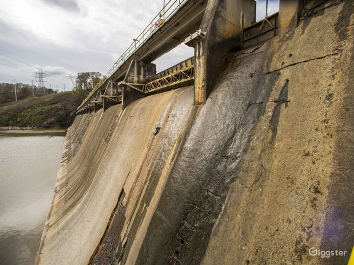 Hydroelectric Dam on the Tallulah River Photo 4