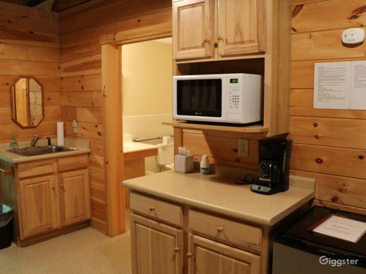 Rustic Family Retreat Lodge Photo 5
