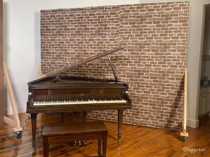 Downtown Loft Studio with Lightwall & Grand Piano Photo 2