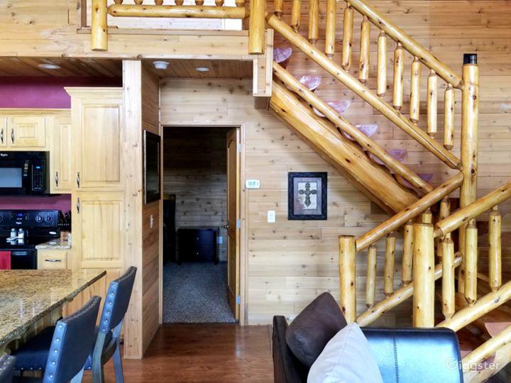 Cedar Log Cabin Photo 2