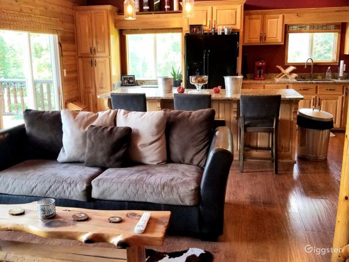 Cedar Log Cabin Photo 4