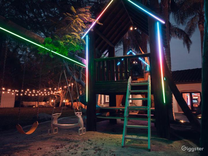 Tropical Oasis w/ Game room/Pool/Bar Photo 5