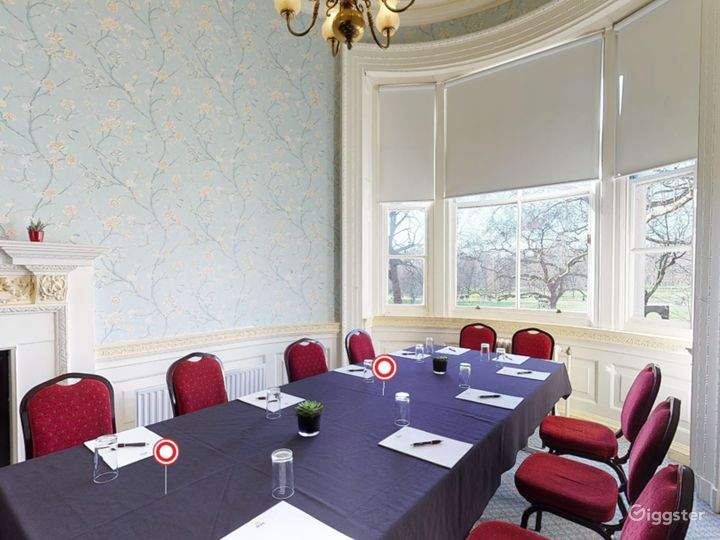 The Park Room in London Photo 2