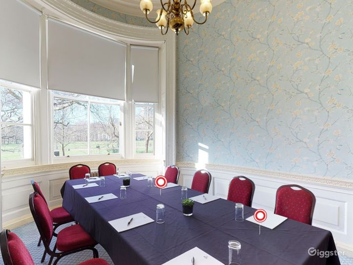 The Park Room in London Photo 3