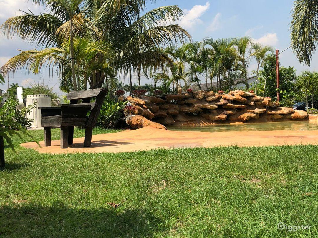 Farm in Miami  Photo 1
