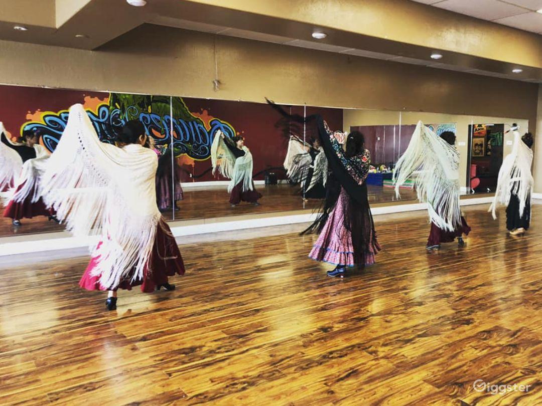 Fun, Hip, Contemporary Dance Studio in San Mateo Photo 1
