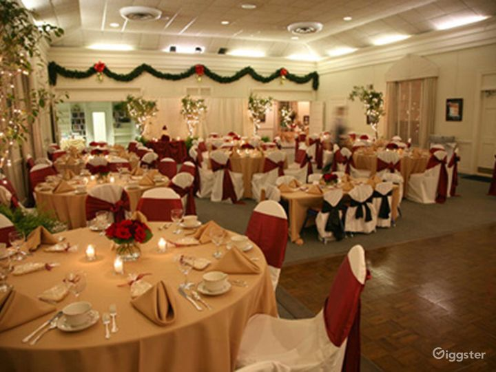 Spacious Main Hall in Winter Park Photo 2