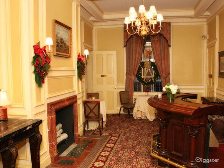 A Premier Cocktail Reception in Boston  Photo 2