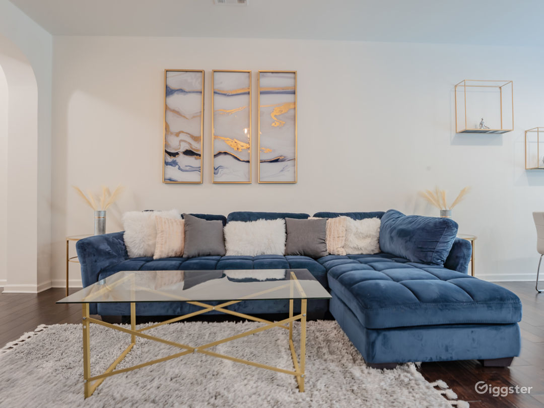 Glam Meets Boho Vibes in Townhome Sanctuary... Photo 1