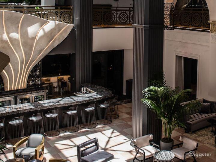 Lobby Lounge & Bar Photo 5