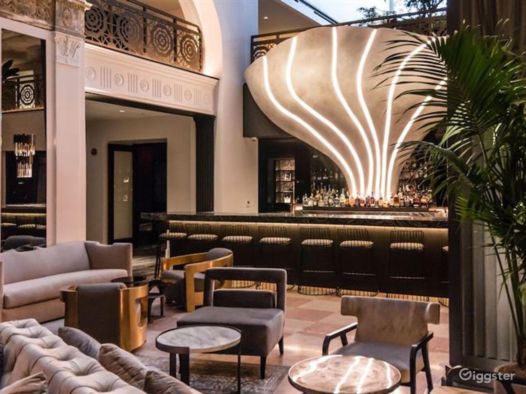 Lobby Lounge & Bar Photo 1