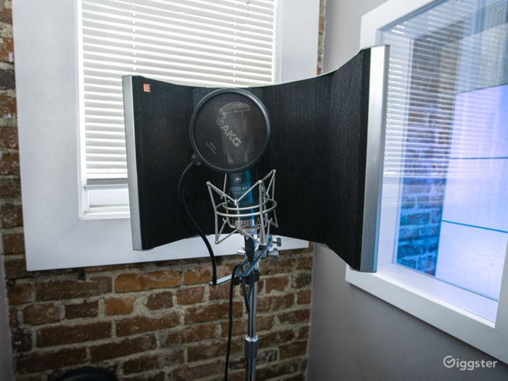 Artistic Recording Studio Space! Photo 5