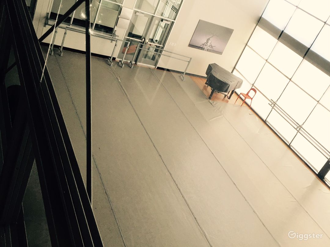 Beautiful Windowed Dance Studio Photo 5
