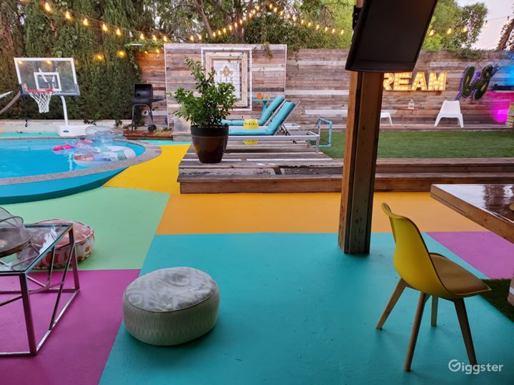 Gorgeous backyard perfect for any occasion Photo 4