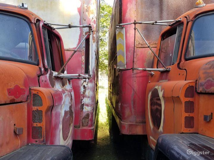 Abandoned cars and mechanic garage at Ranch Photo 4