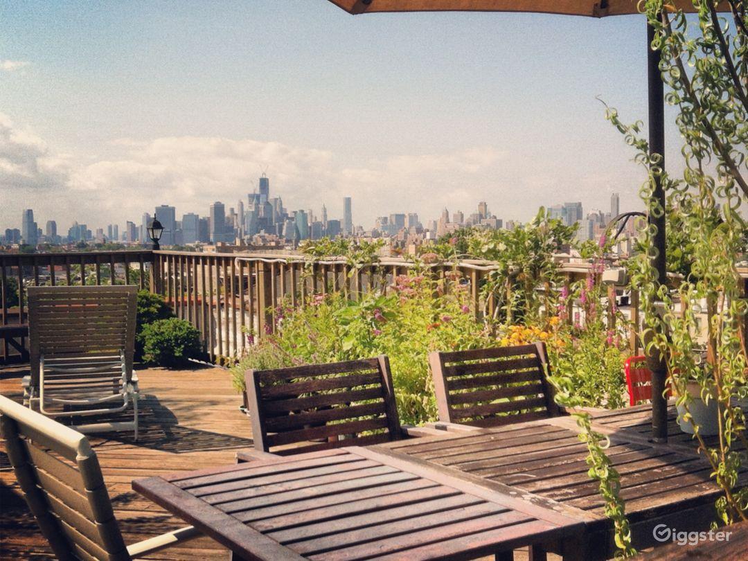 Brooklyn Rooftop Deck W Nyc Skyline