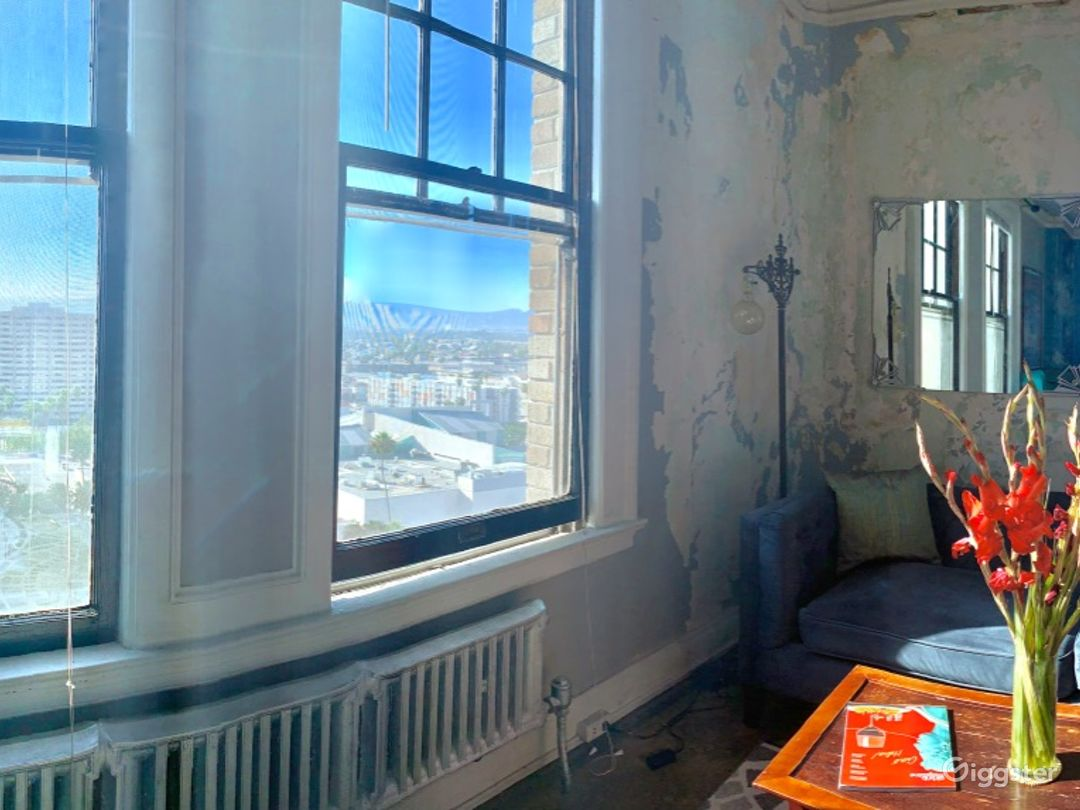 Secured and Clean Panoramic Penthouse with City View  Photo 1