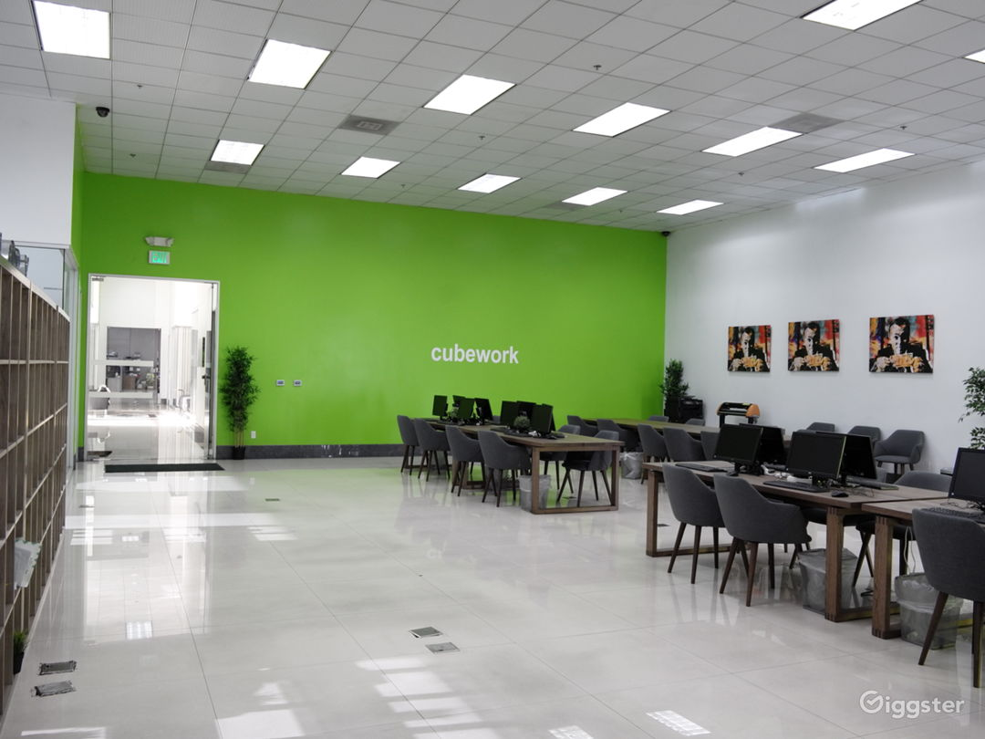 Custom Office/Warehouse Space for Lease  Photo 5