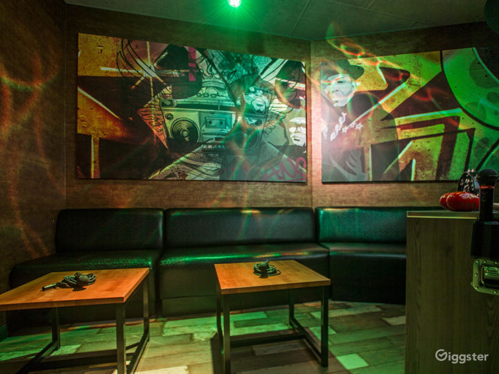 Private Karaoke Room No.13 Photo 2
