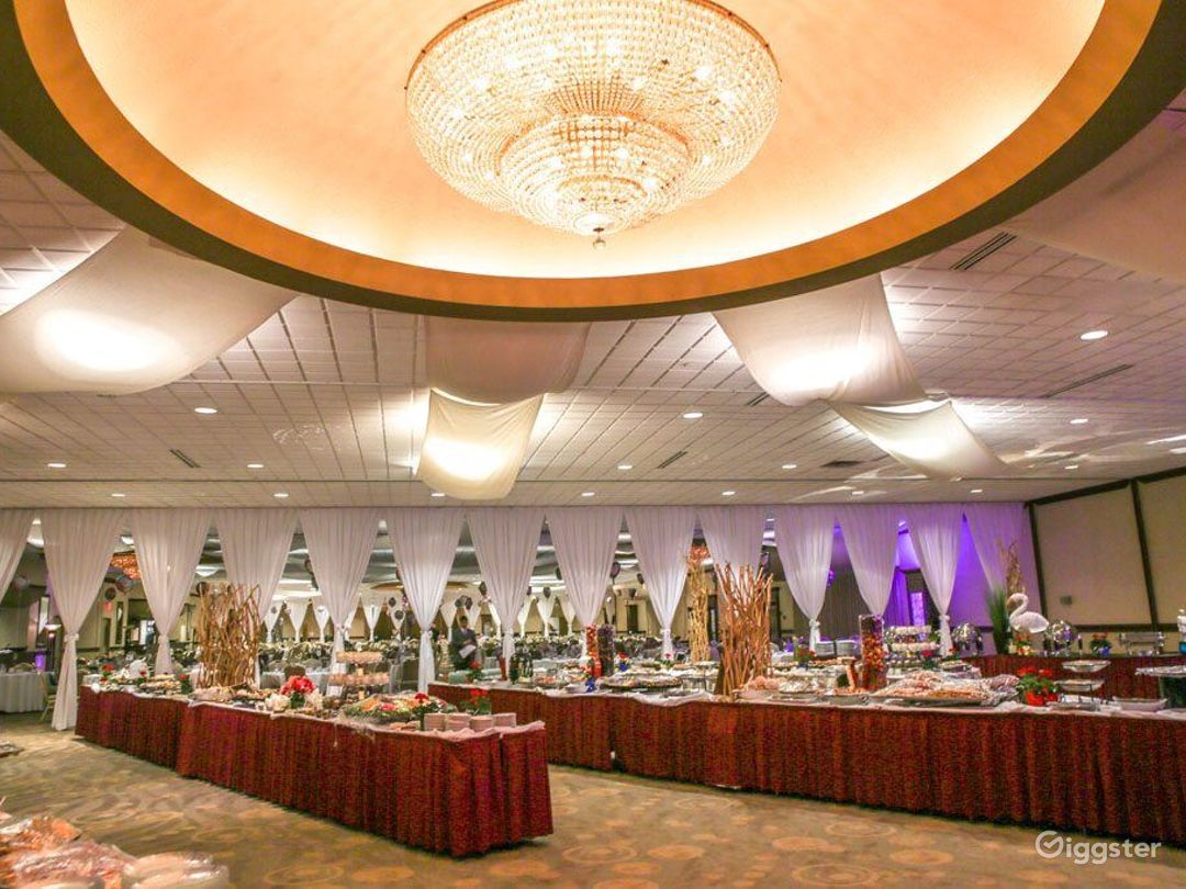 Large Grand Ballroom in Ohio Photo 1