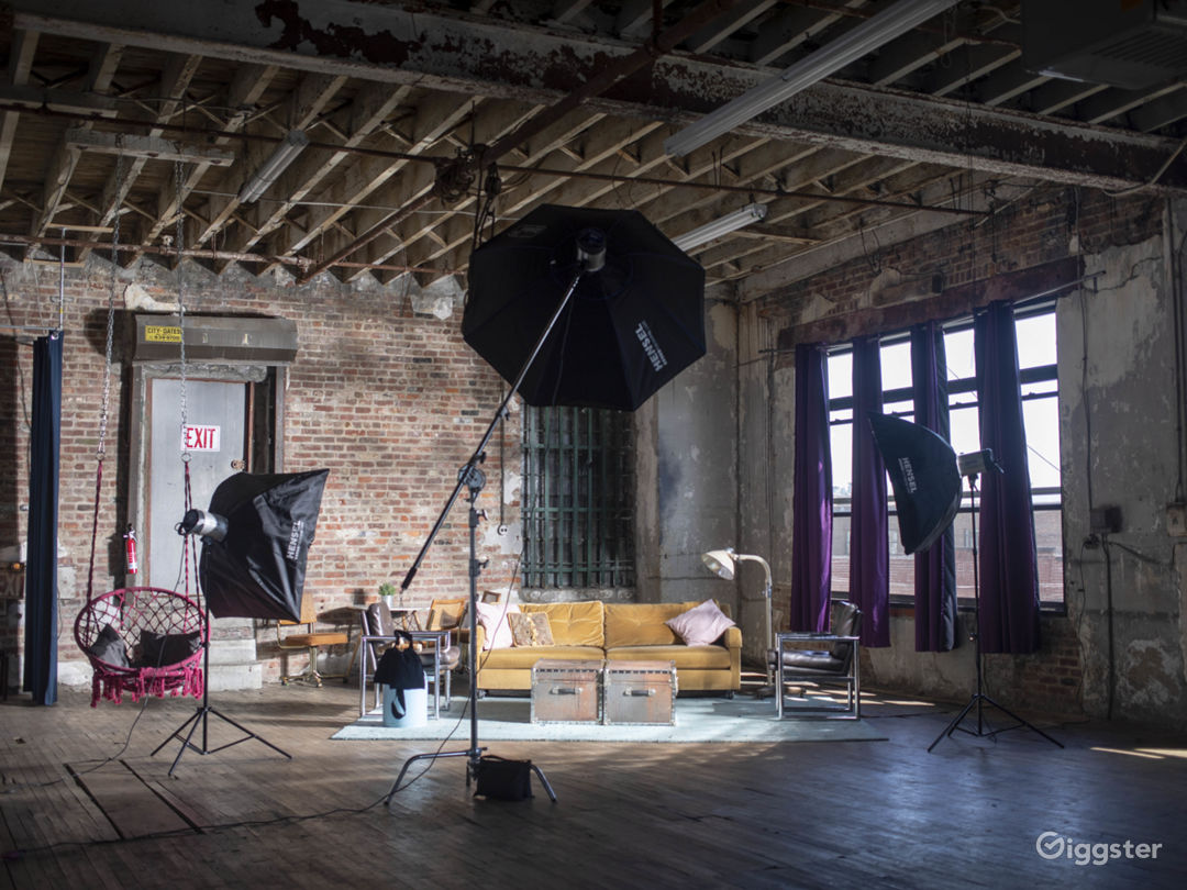 Industrial Warehouse Photo 5