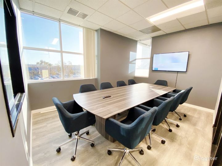 Ventura Conference Room for 10 People Photo 2