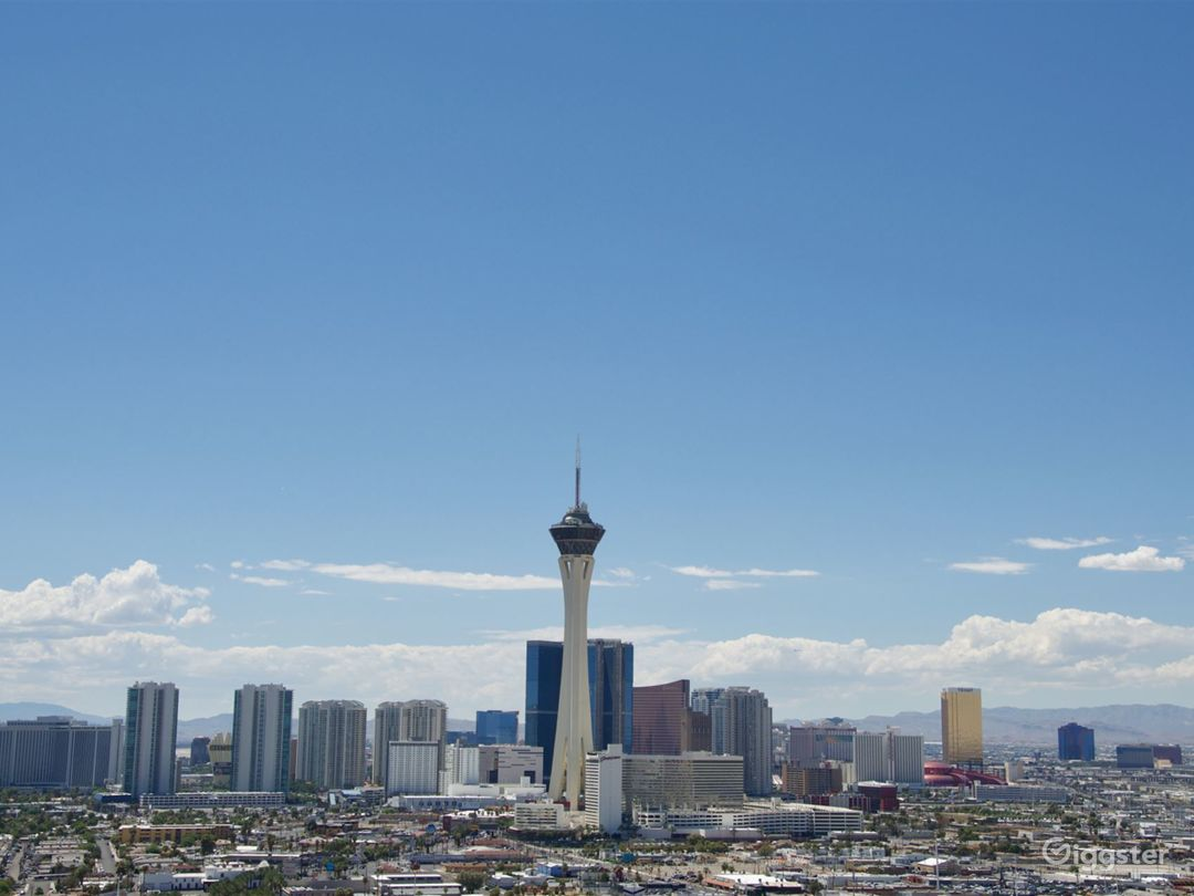 Penthouse Loft with Las Vegas Strip View  Photo 1