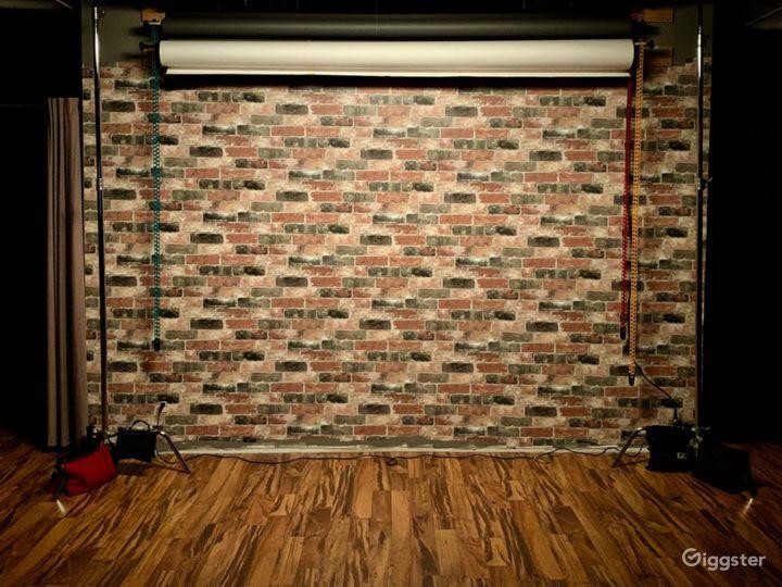 Vibrant Studio in Wilmington Photo 2
