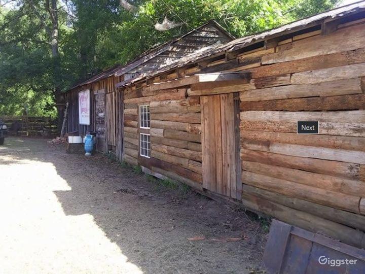 Rustic Log Barn Photo 2