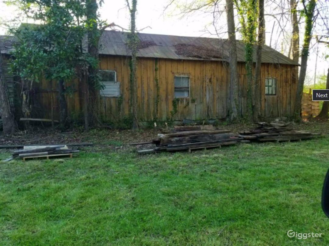 Rustic Log Barn Photo 1