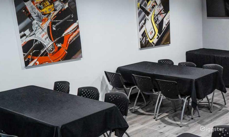 Cozy F1 Room in Burbank Photo 1
