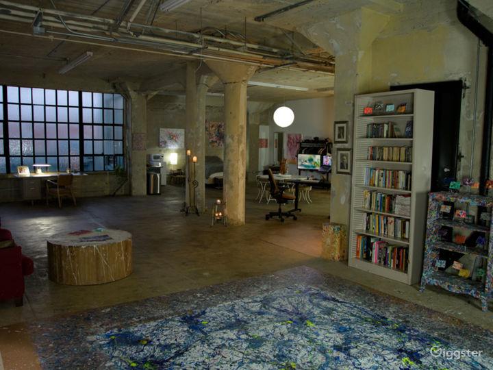 Abstract artist studio live/work DTLA roof access Photo 3