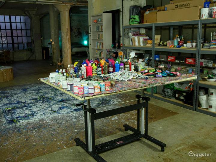 Abstract artist studio live/work DTLA roof access Photo 5