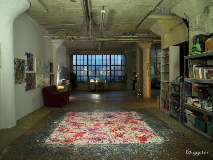 Abstract artist studio live/work DTLA roof access Photo 2