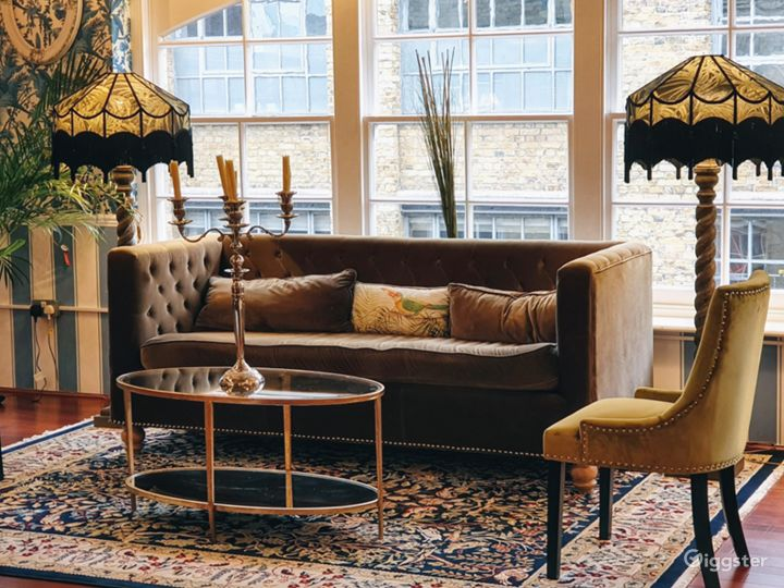Charming New Victorian Loft Studio in London Photo 5