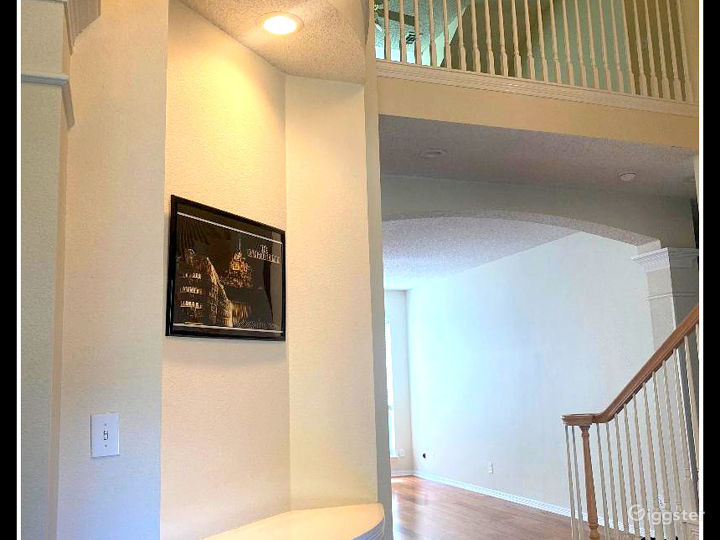 RENT THIS LUXURY HOUSE FOR YOUR MOVIE SHOOT Photo 4