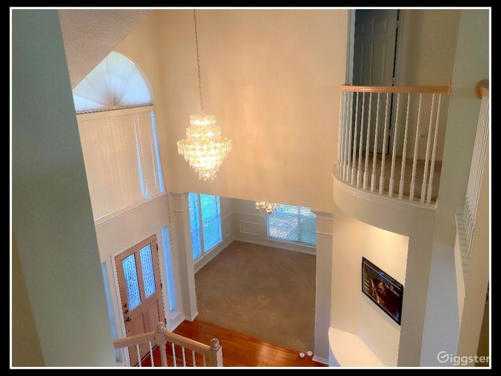 RENT THIS LUXURY HOUSE FOR YOUR MOVIE SHOOT Photo 5