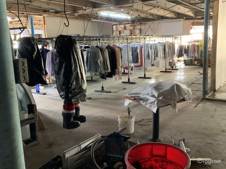 Washer-Laundry Business with plenty of parking spaces in Houston Texas Photo 3