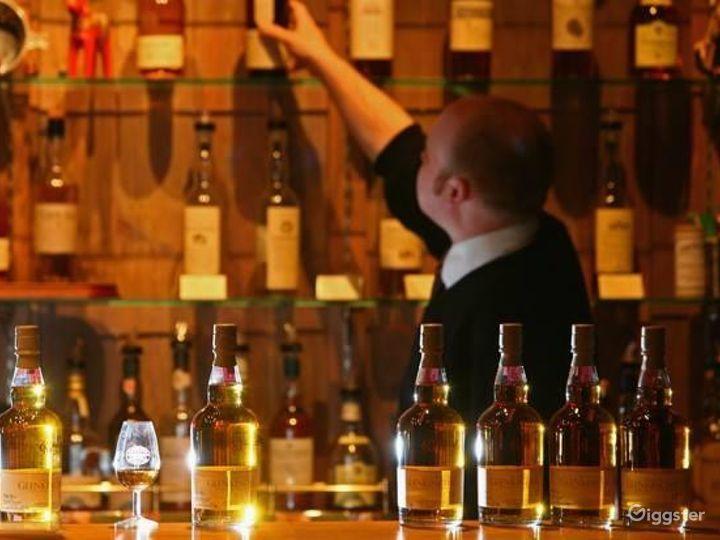 Gorgeous Bar in Edinburgh Photo 5