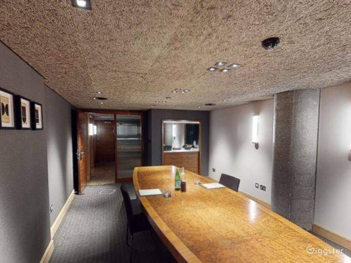 Modern Private Room 3 in Manchester  Photo 3